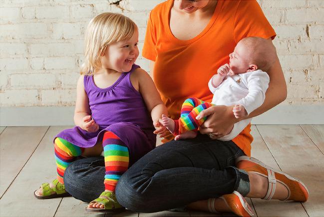 Мама с малышками в гетрах