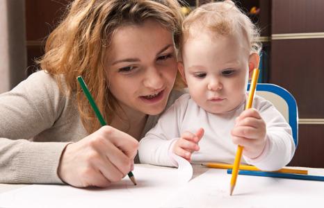 Занятие на стимулирование физического развития ребенка 11-ти месяцев.